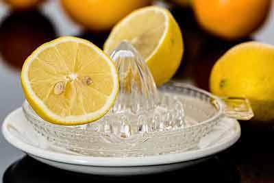 citroensap om af te vallen