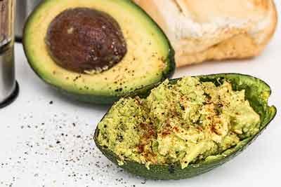 cholesterolverlagende voedingsmiddelen avocado